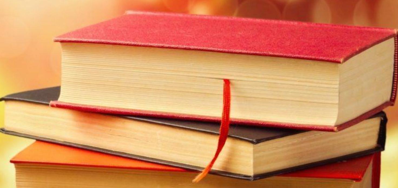 Bøker i stabel